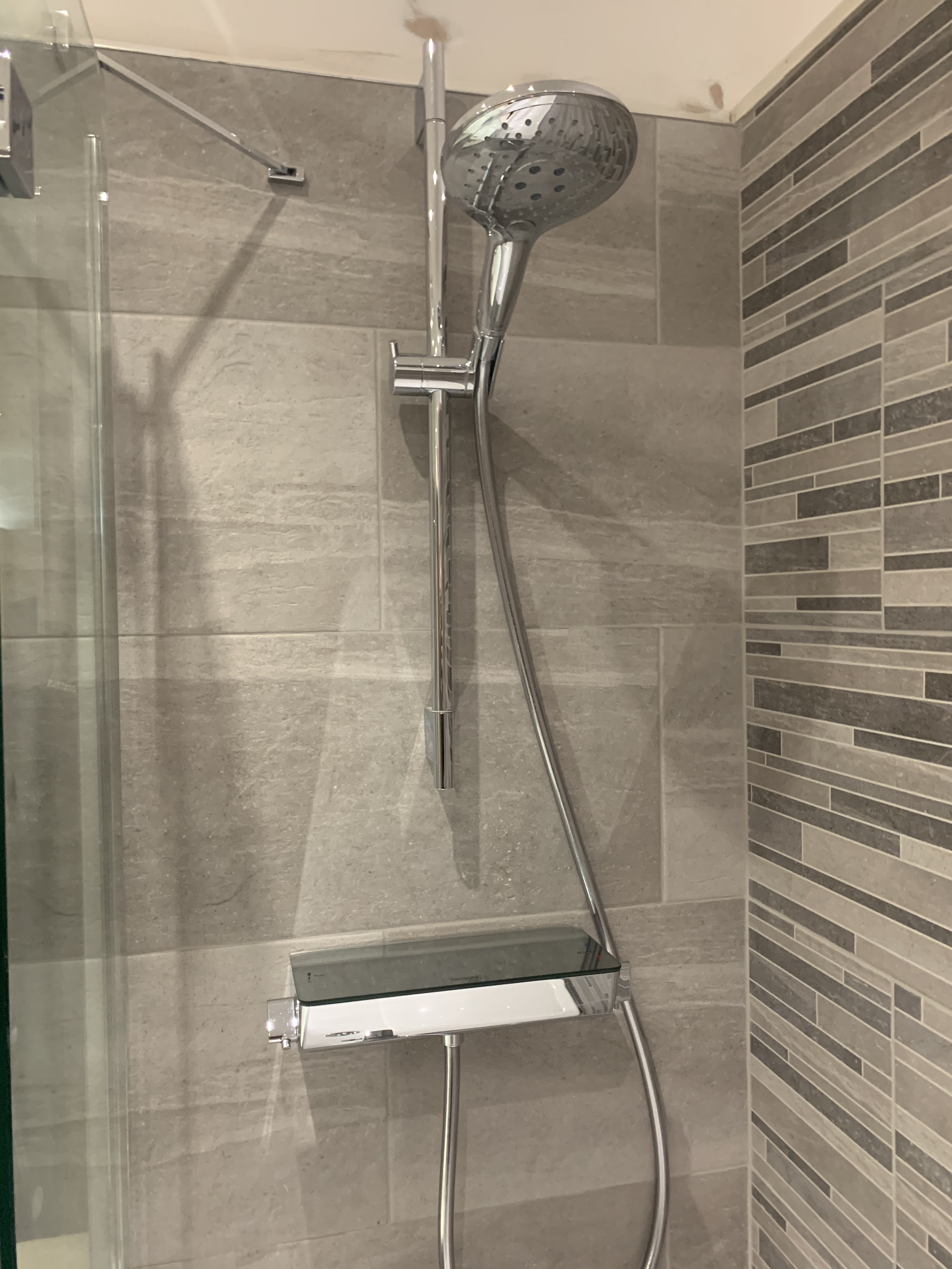 Hansgrohe Raindance select Exposed shower | Wakefield Bathrooms